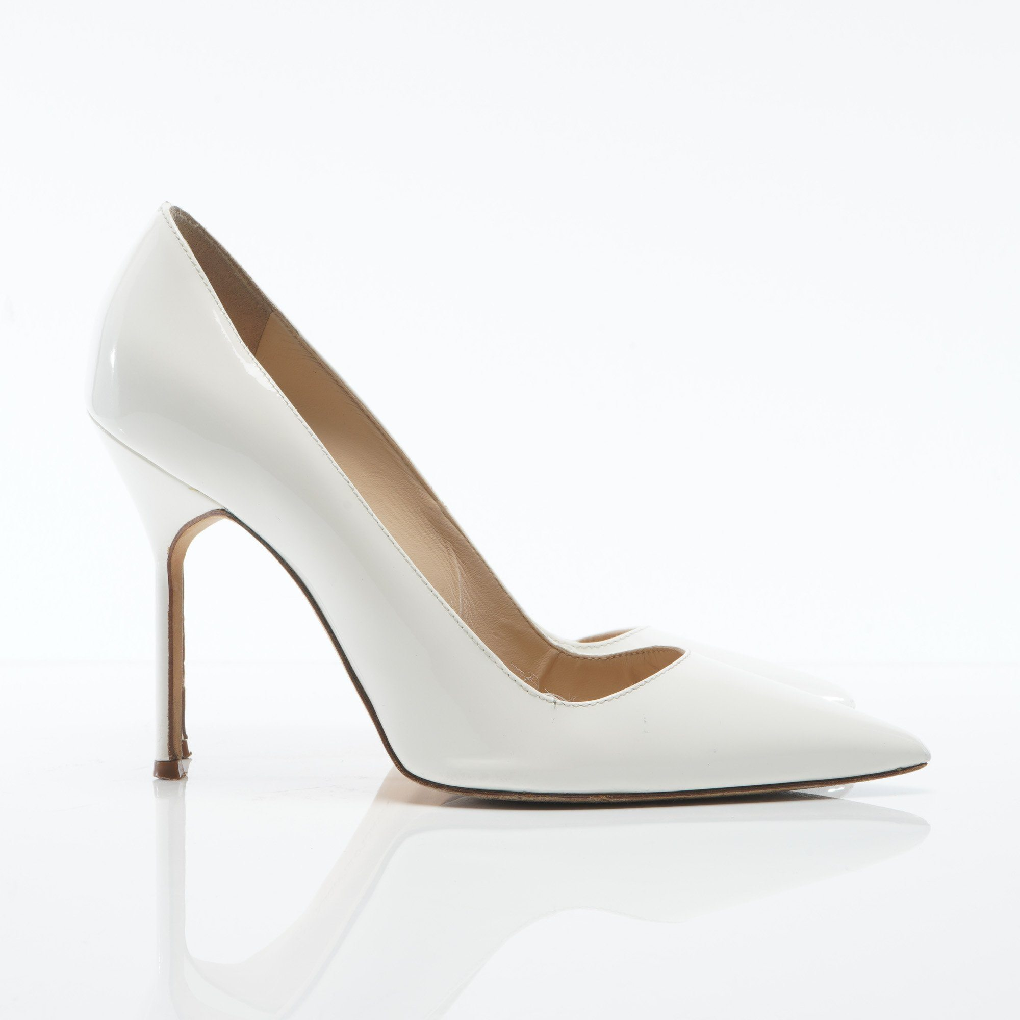 Manolo Blahnik White  Pointed Patent Leather Shoes