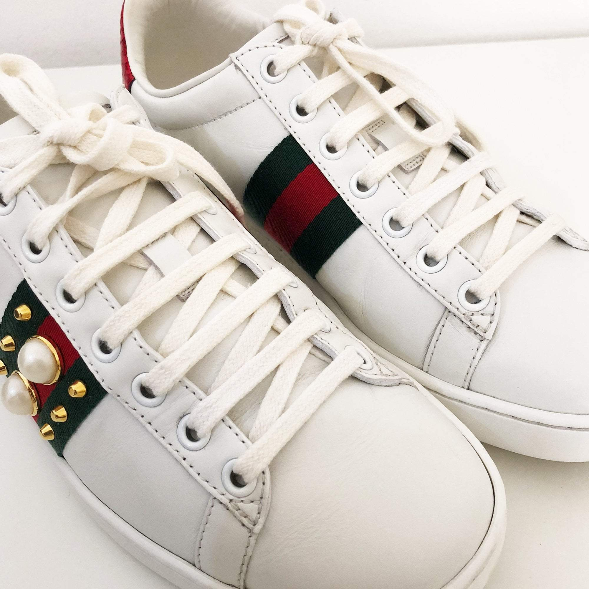 Gucci White Ace Studded Leather Low-Top Sneakers