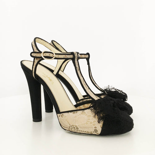 Chanel Black and Cream Bow Lace Pumps
