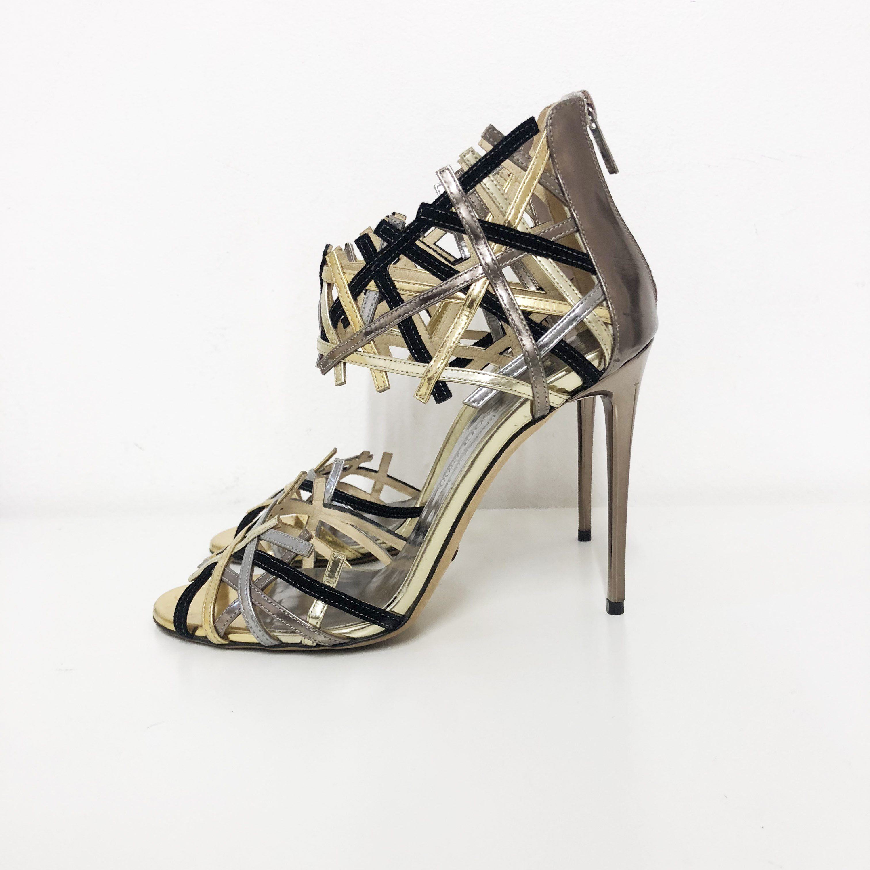 e5237b2b1f1 Jimmy Choo Limited Edition Vogue 100 Criss Cross Heels – Garderobe