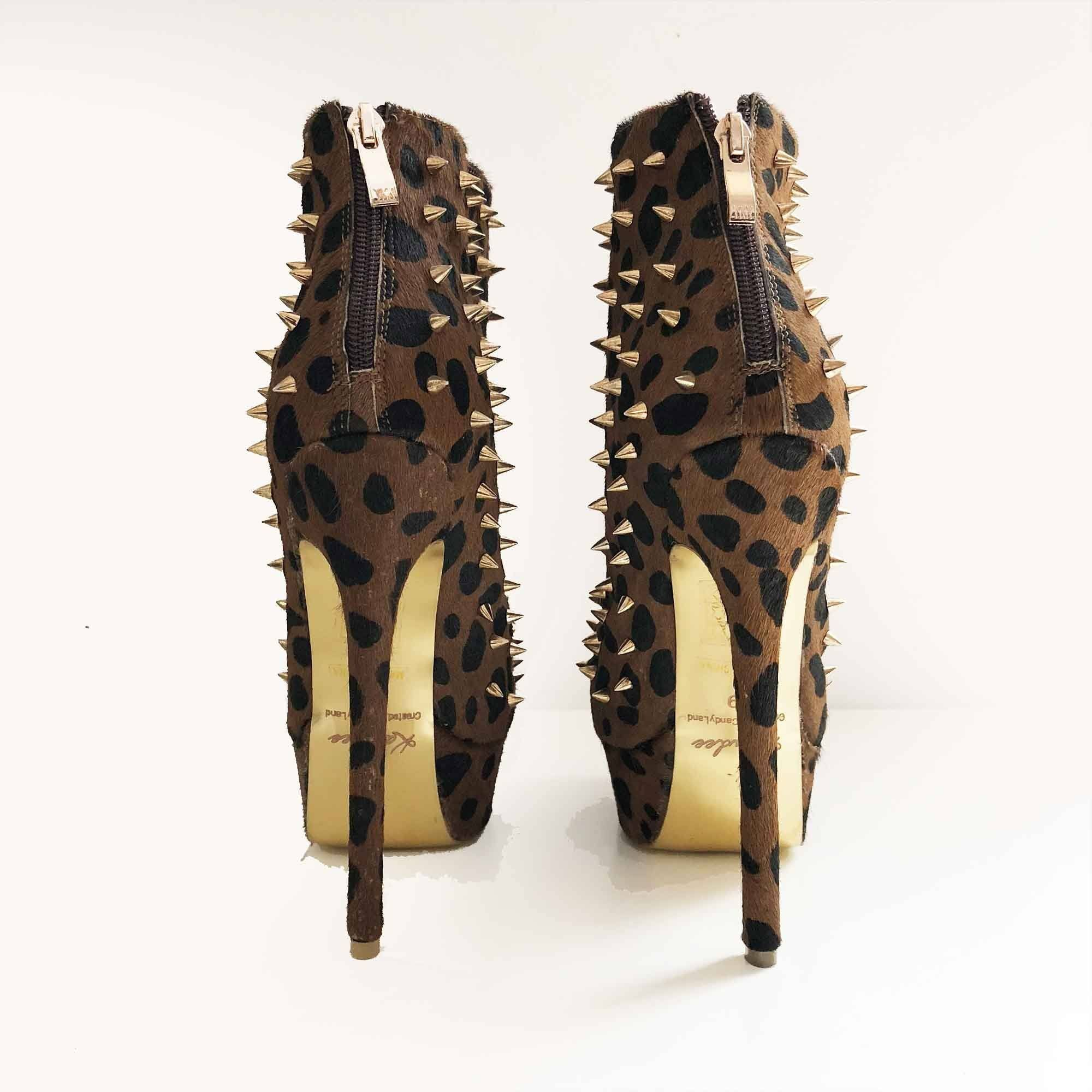 Kandee Shoes Peanut Crunch Leopard Spiked Booties