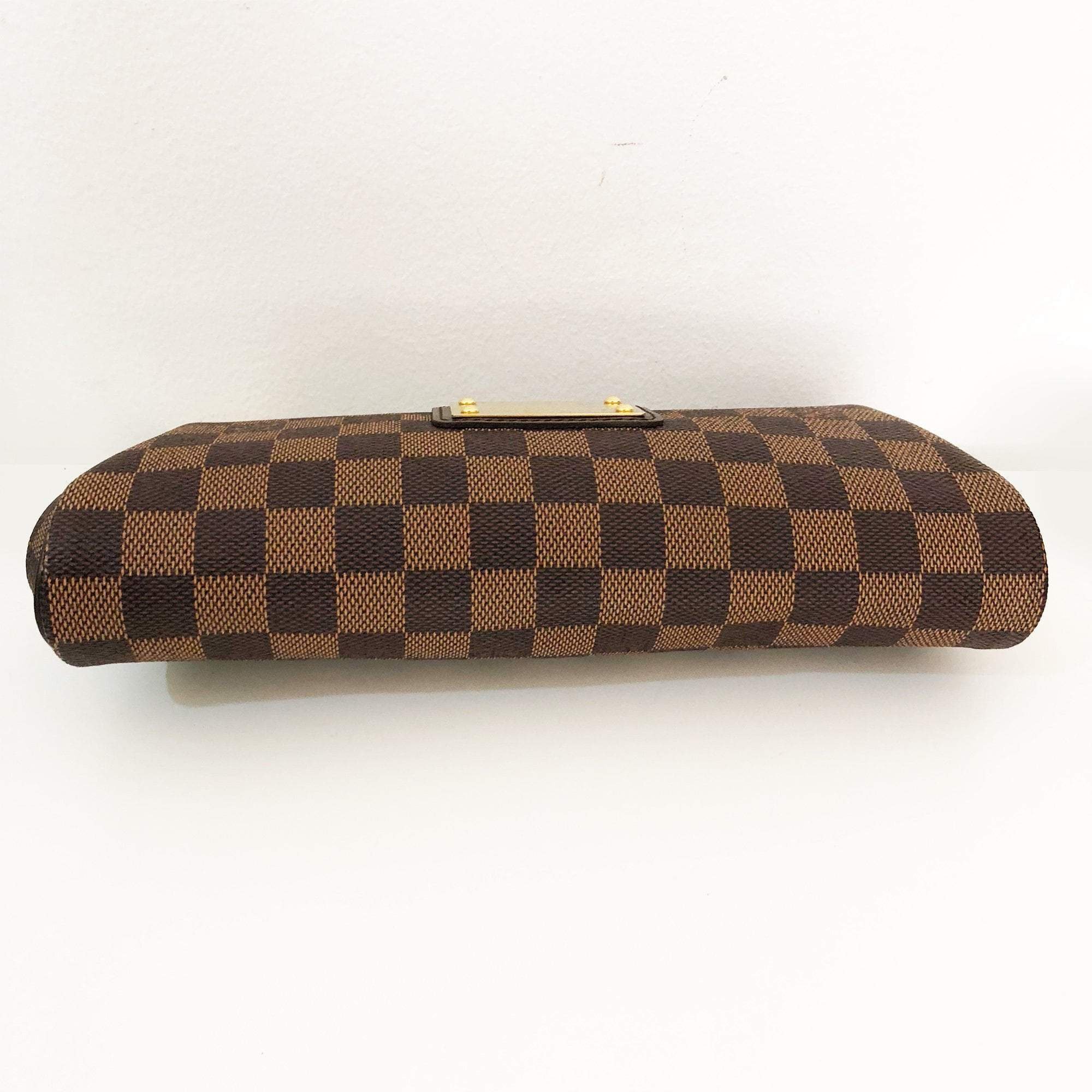 Louis Vuitton Damier Pochette