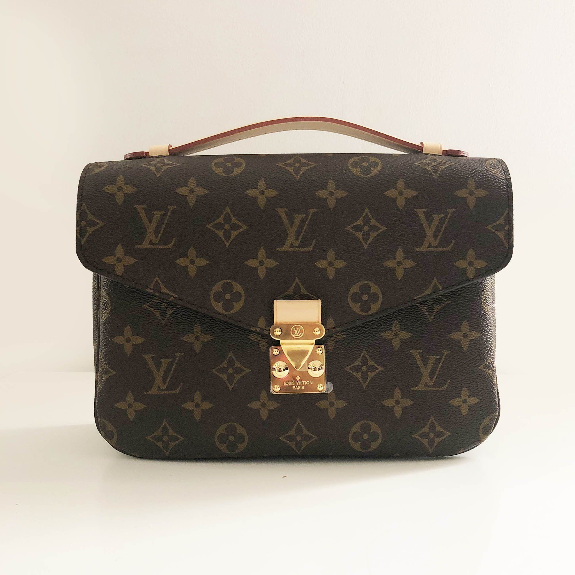 b1f2758eead4 Louis Vuitton Alma monogram Bag – Garderobe