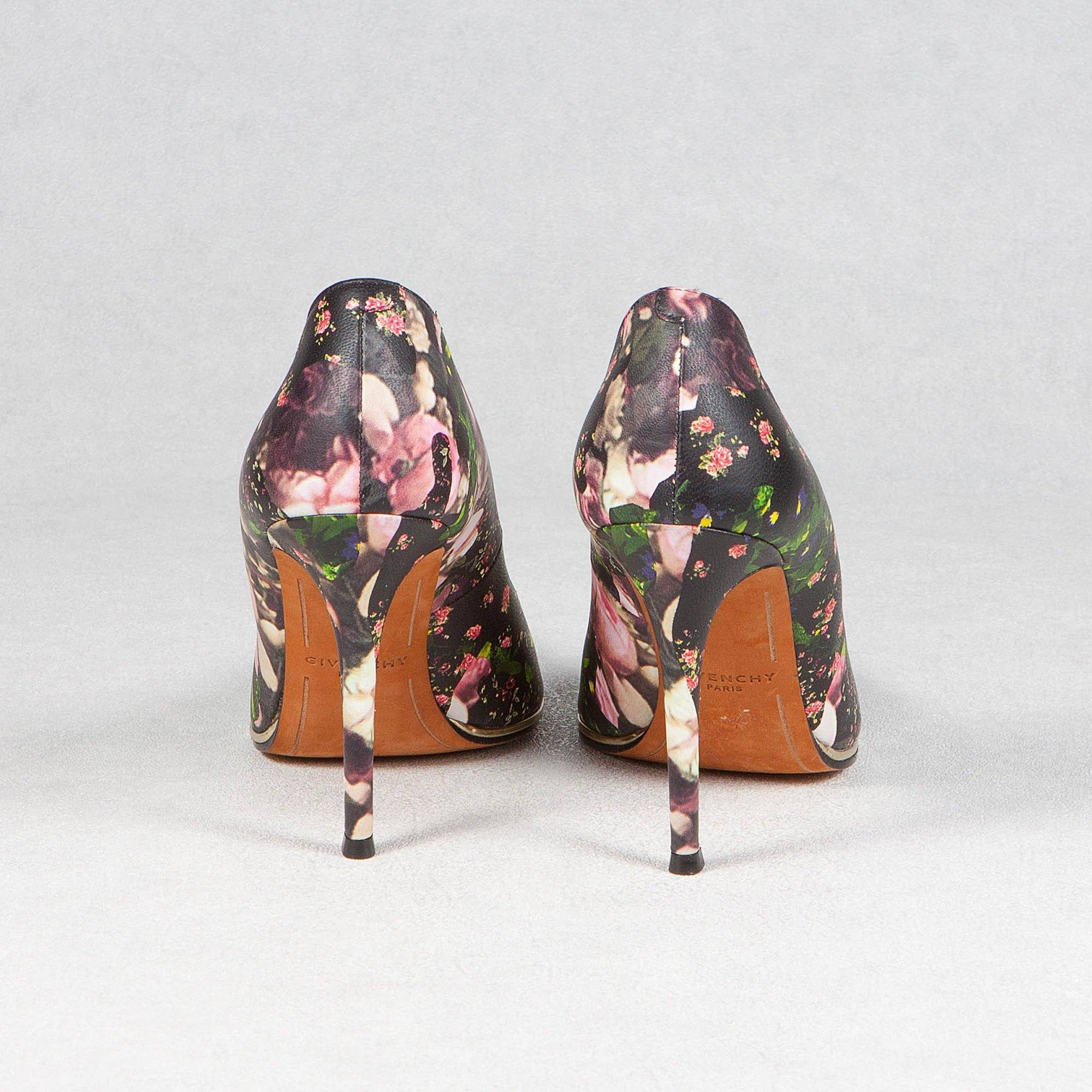 Givenchy Floral-Print Metal-Midsole Pointy Pumps
