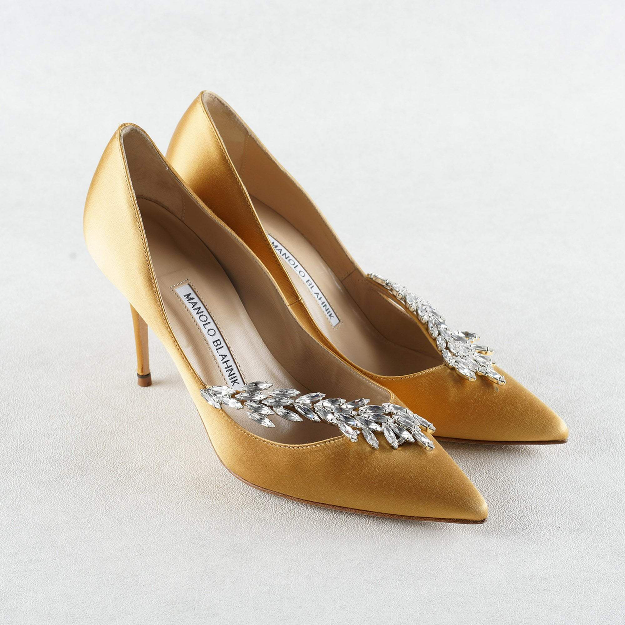 Manolo Blahnik Gold Satin Nadira Pumps 100