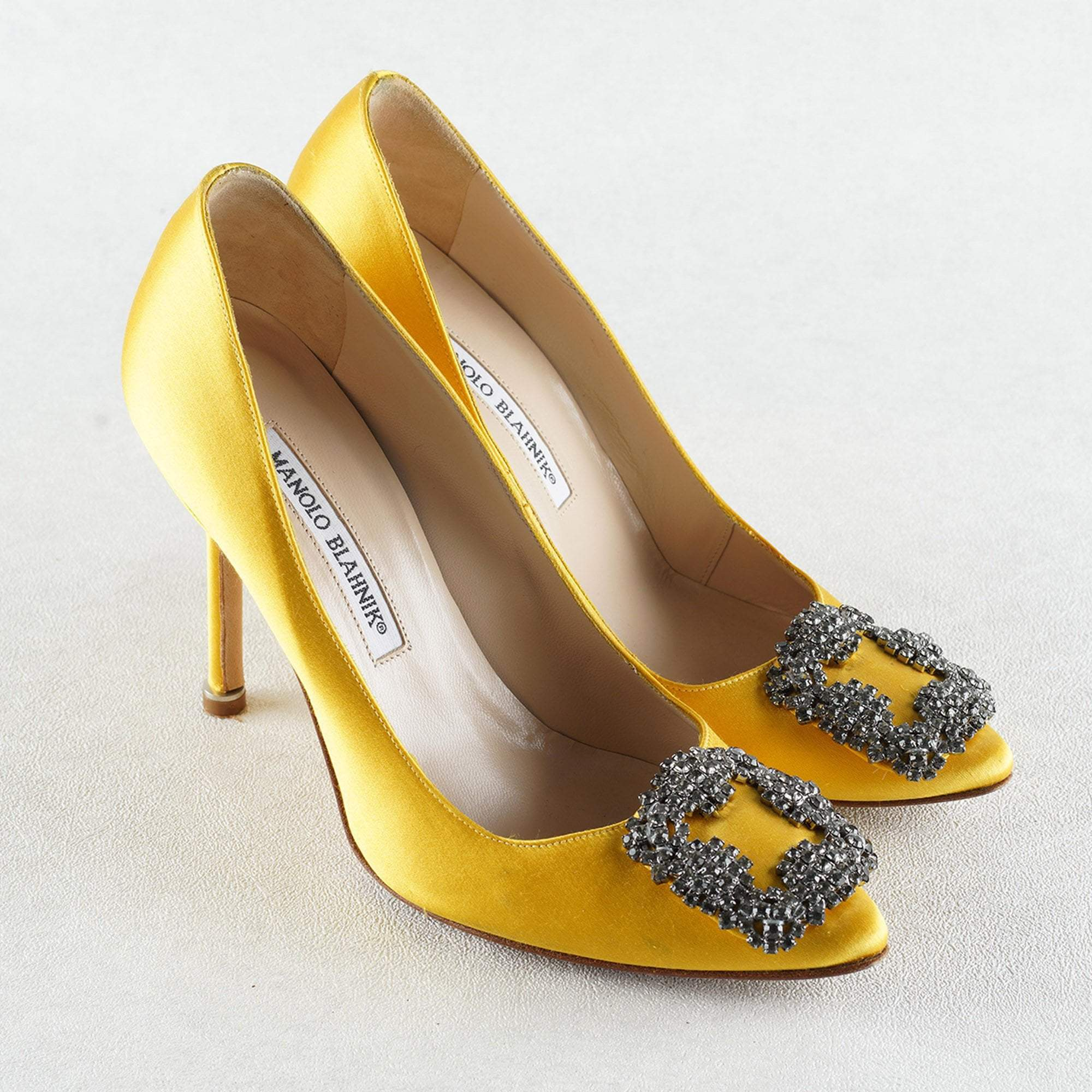e9211abea2f8 Manolo Blahnik Yellow Satin Hangisi Crystal Embellished Pumps ...