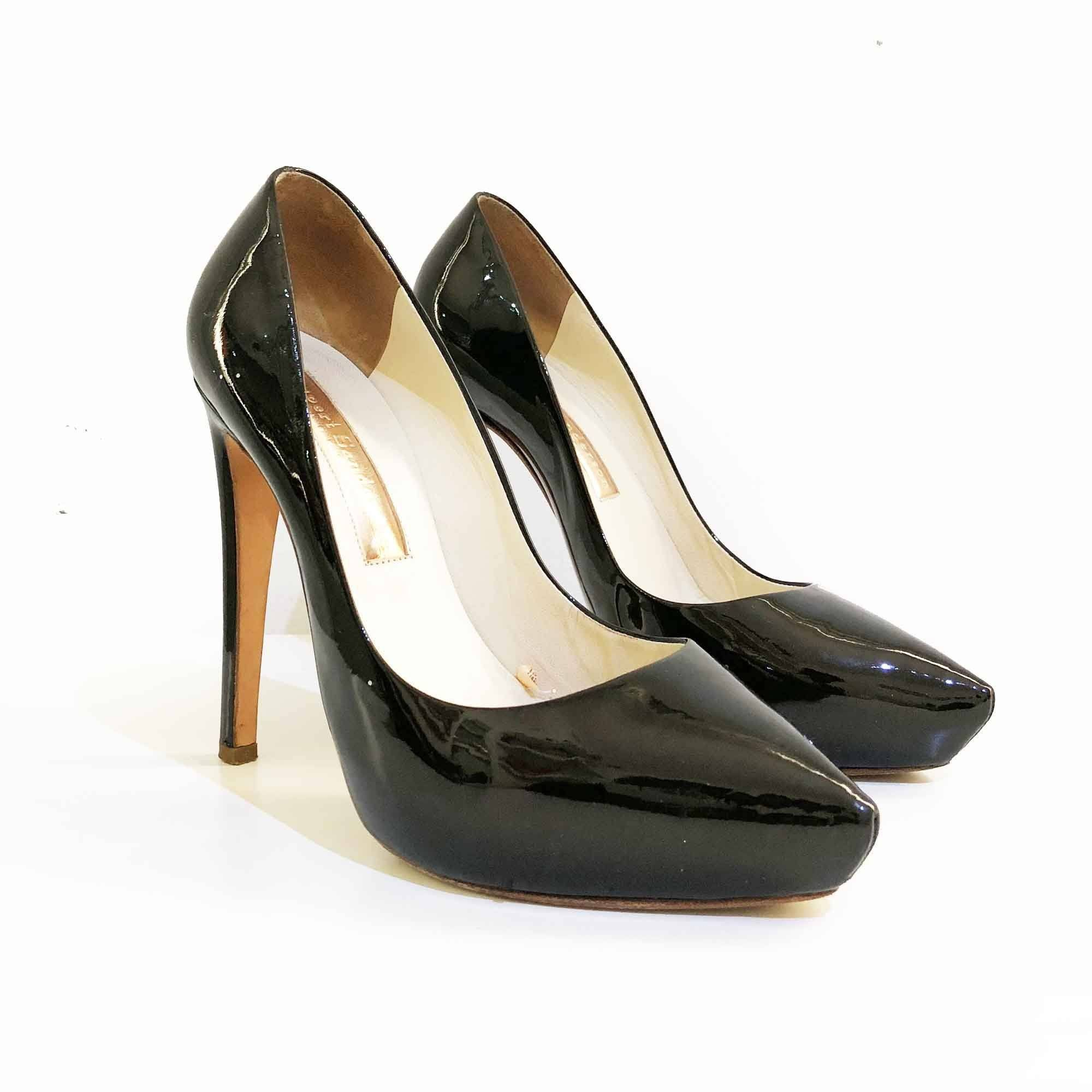 Rupert Sanderson Black Patent Leather Split Toe Pumps
