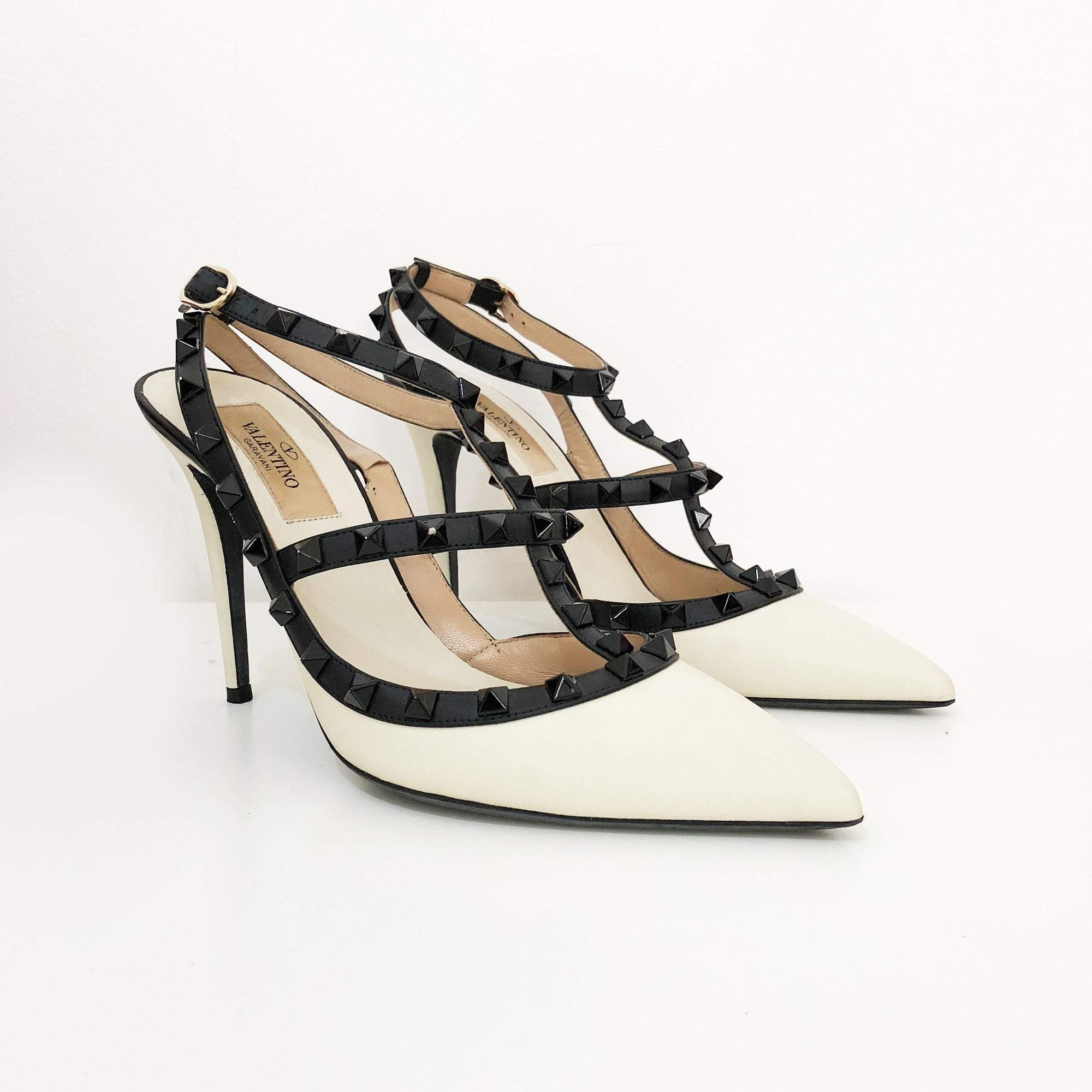 Valentino Garavani Rockstud White Leather Pumps