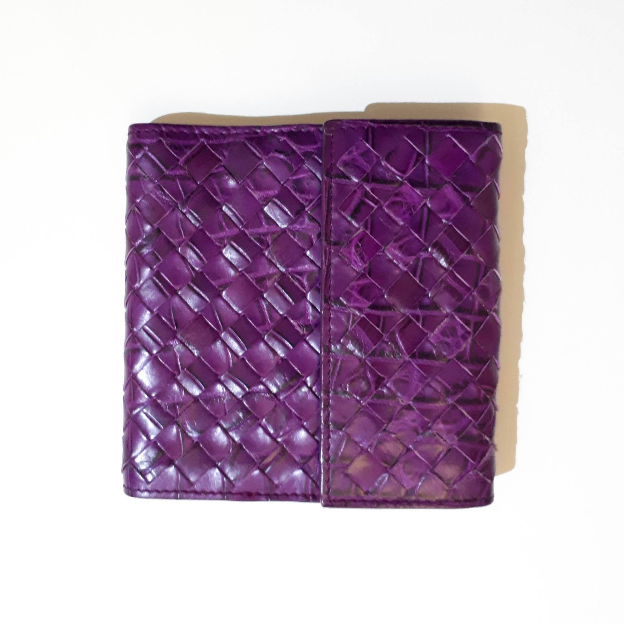 Bottega Veneta Intrecciato Purple Leather Wallet