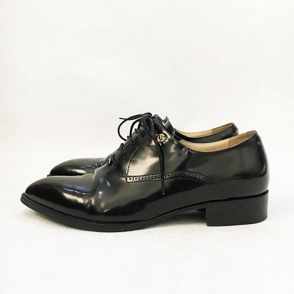 Chanel Lace Up Glazed Calfskin Pointed Oxfords