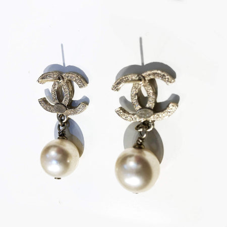 Chanel CC Pearl Drop Gold-tone Earrings (no earring back)