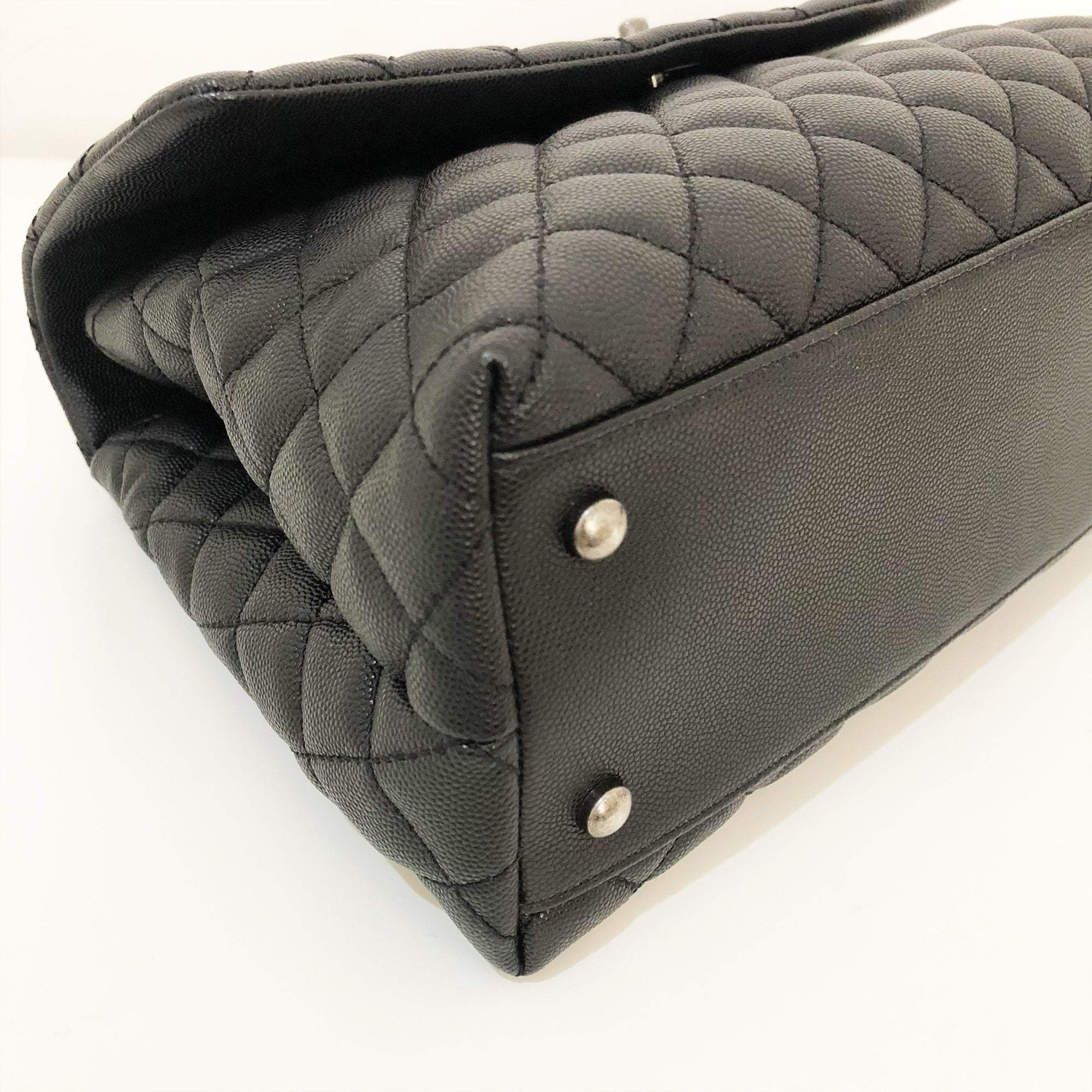 Chanel Caviar Lizard Quilted Black Coco Handle Flap
