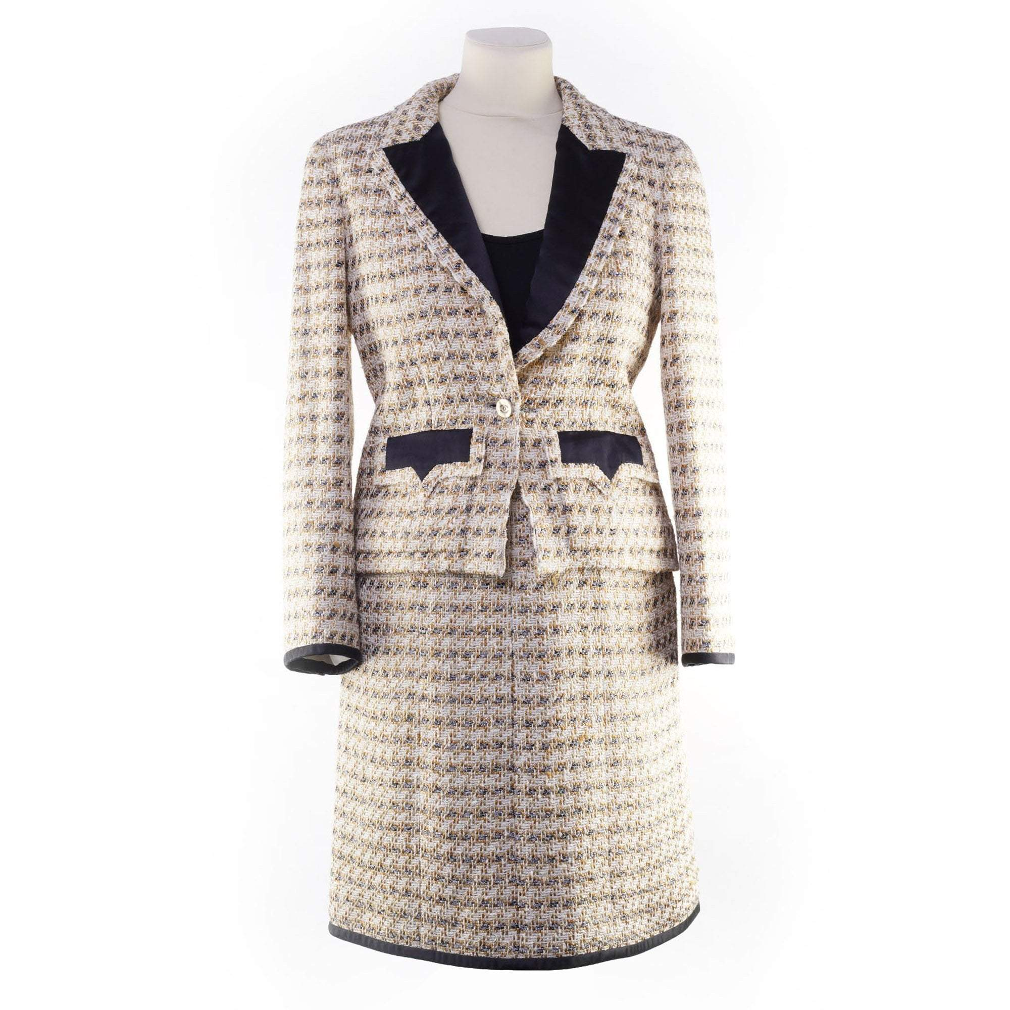 Chanel Beige and Gold Tweed Jacket (Jacket only)