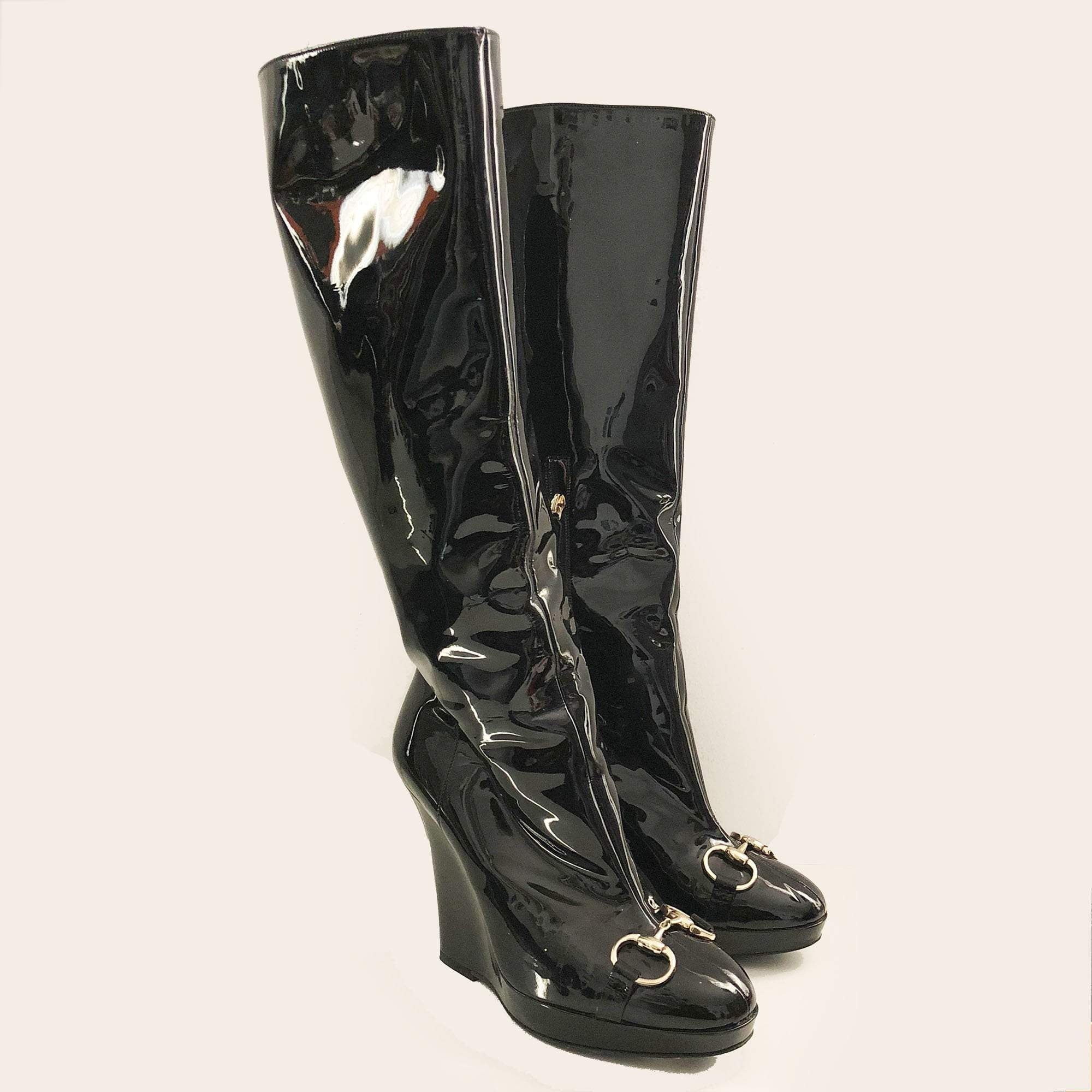 338fd2b40eb Gucci Patent Leather High Wedge Boots – Garderobe