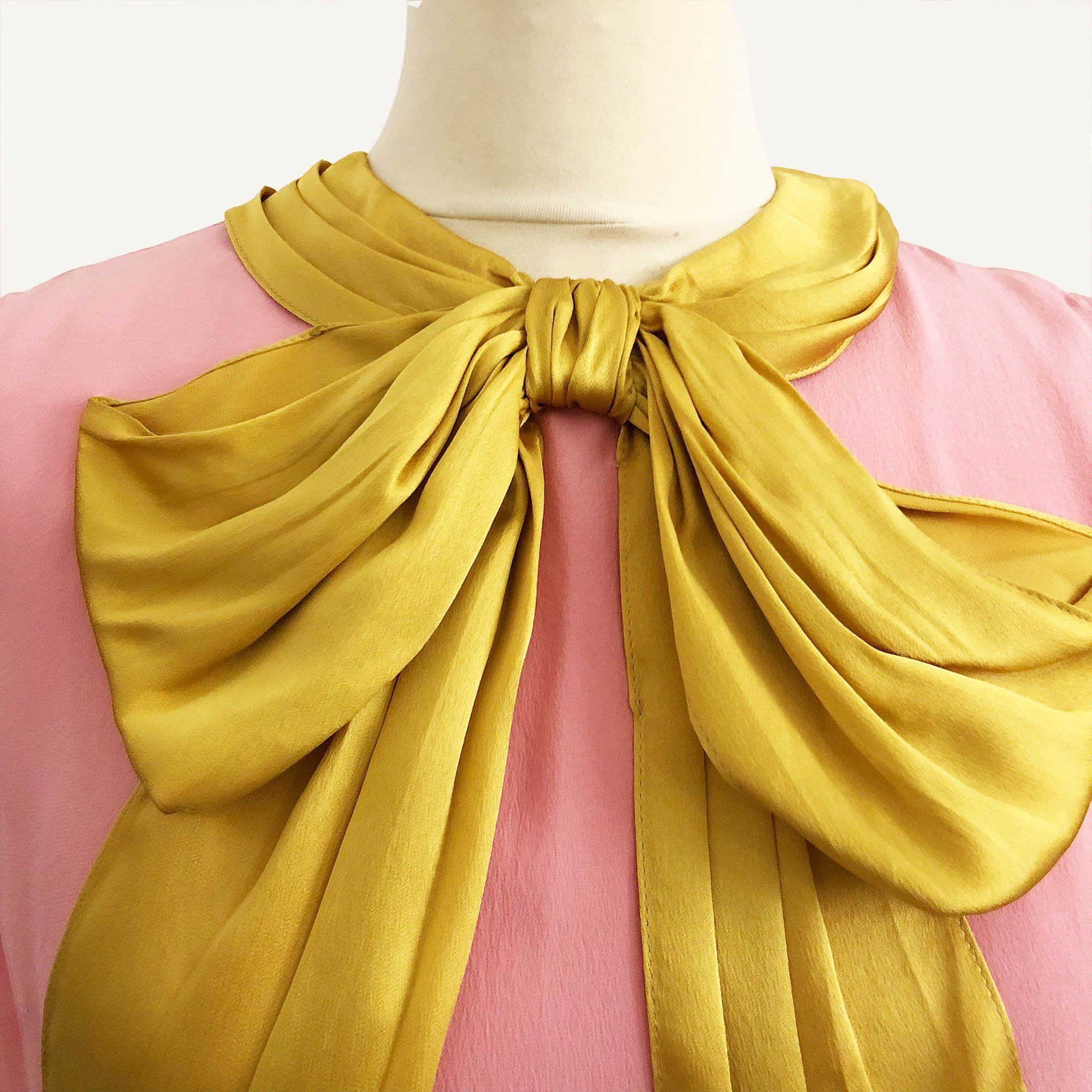 Gucci Pink Sleeveless Top with Yellow Bow