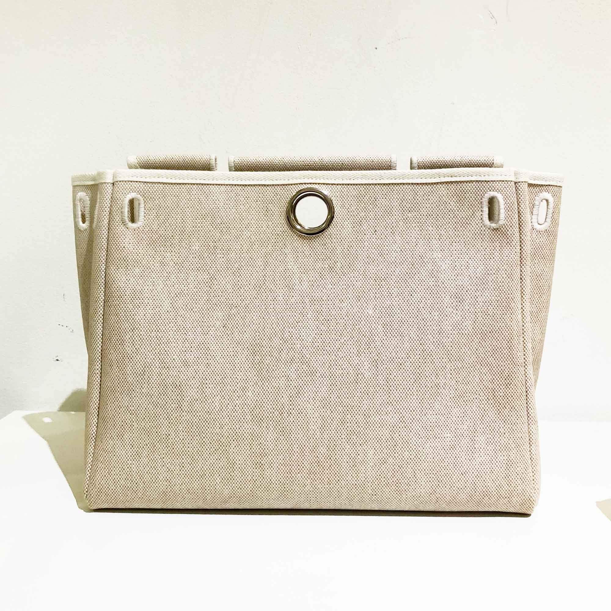 Hermes 32 cm Beige Canvas Cover