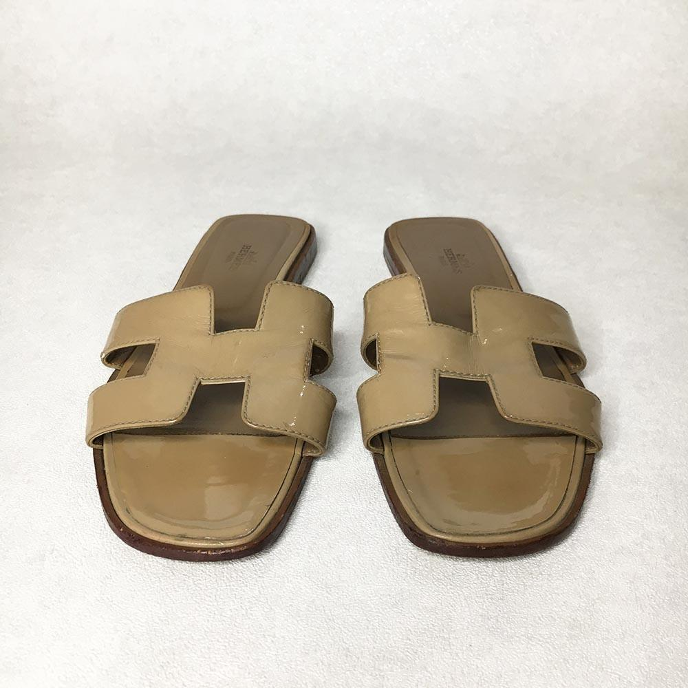 Hermes Tan Oran Slippers