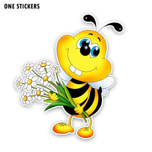 15.3CM*17.6CM The Bees Hold A Bunch Of Flowers Decal PVC Car Sticker Modelling 12-300702