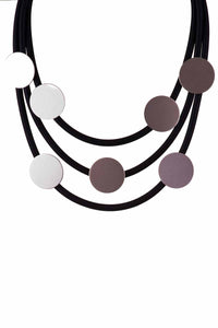 Short Rubber Necklace With Disq Detail - Tom & Eva