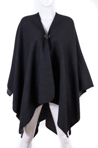 Two-Tone Poncho - Tom & Eva