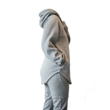 Load image into Gallery viewer, endurance hoodie in heather grey