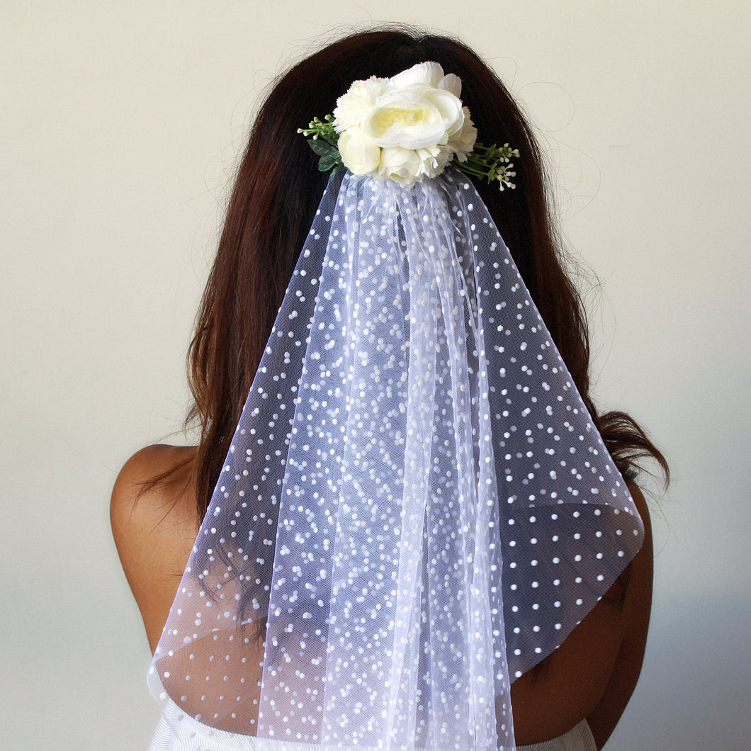 hen nights veil and flower comb, classy hens night accessory, polka dot veil, white flower comb