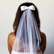 classic white hens night veil with bow