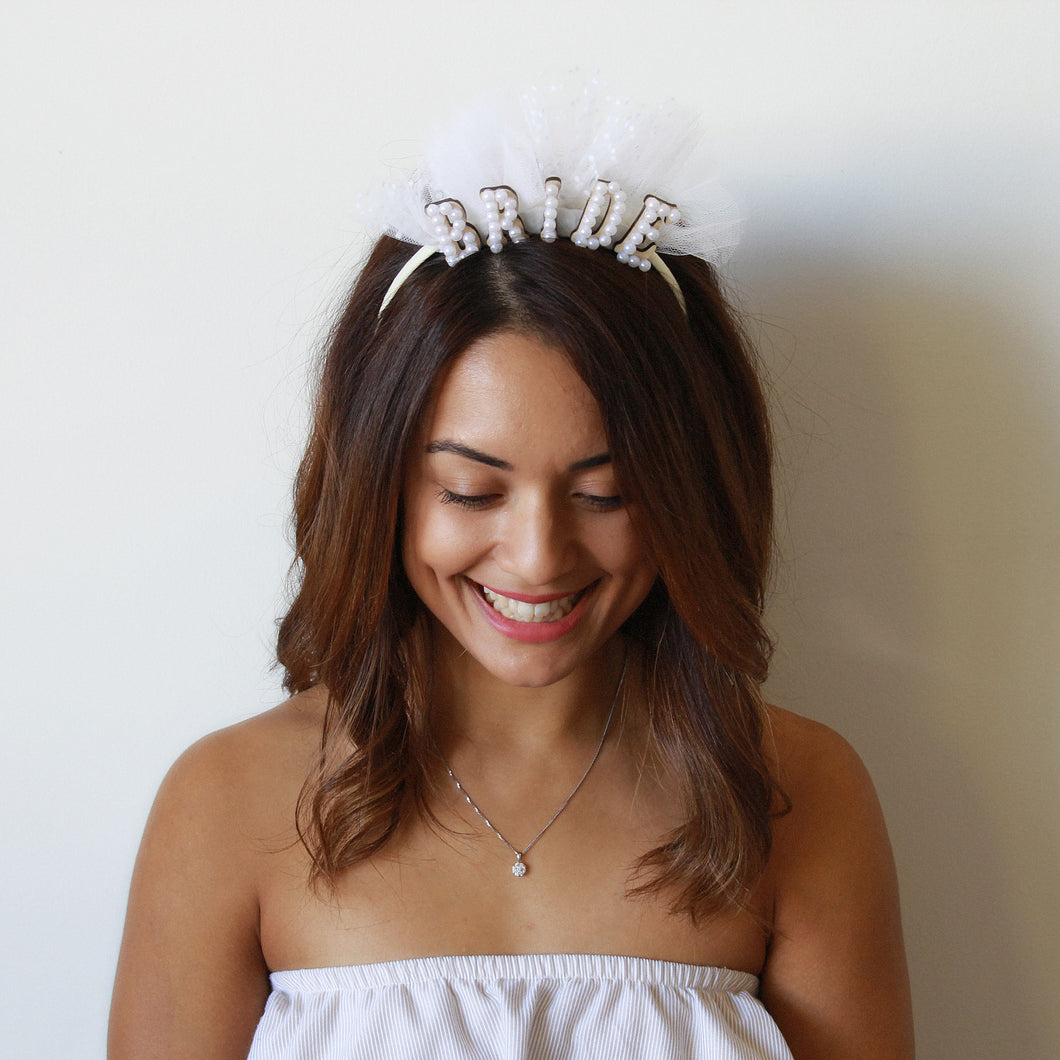 bride headband, tulle, unique hen accessories, hen headpiece