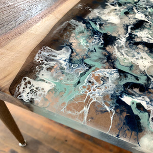 Accent River Table