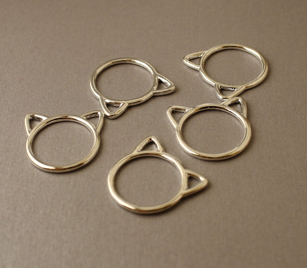 Simple Solid Snag-Free Jumbo Silver Cat Ring Stitch Markers for Knitting