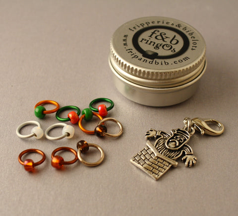 Christmas ringOs Dear Santa ~ Limited Edition Snag Free Ring Stitch Markers for Knitting