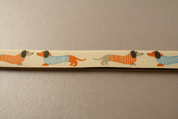 Chatty Dachshunds Pattern Safe Magnetic Chart Reader for Knitting and Crafts