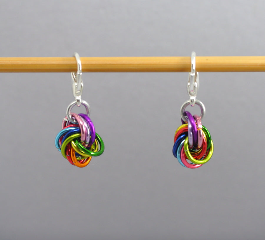 Rainbow Moebius Knot Balls of Wool Stitch Markers for Crochet