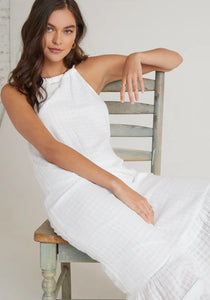 bella dahl shadow check ruffle hem halter maxi dress in white