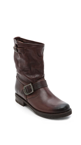 Frye Veronica Short - Dark Brown