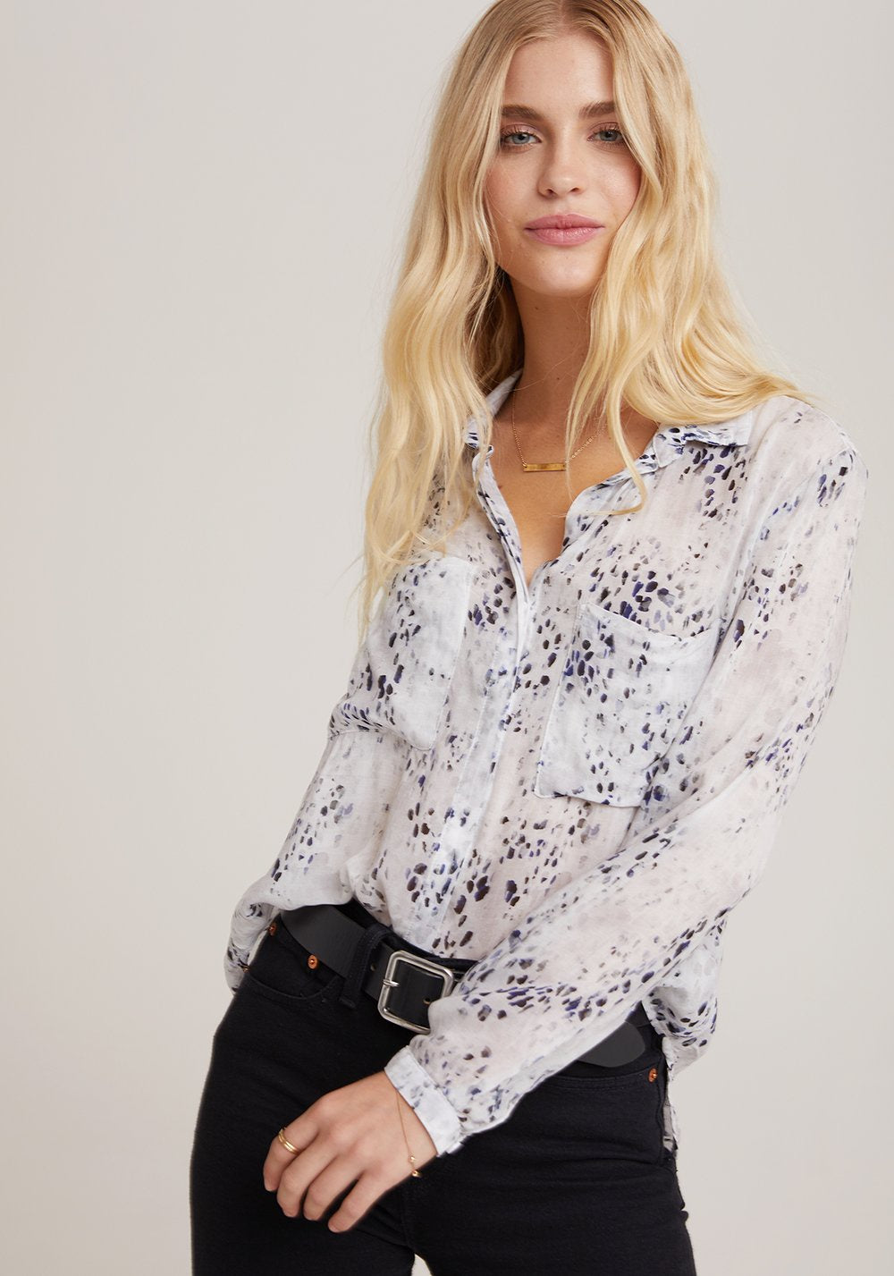 bella dahl l/s hipster shirt in winter spots print