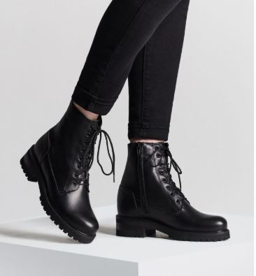 La Canadienne Caterina Lace-up Waterproof Leather Bootie