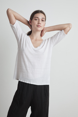 Velvet Stefani Linen Knit V-Neck Top