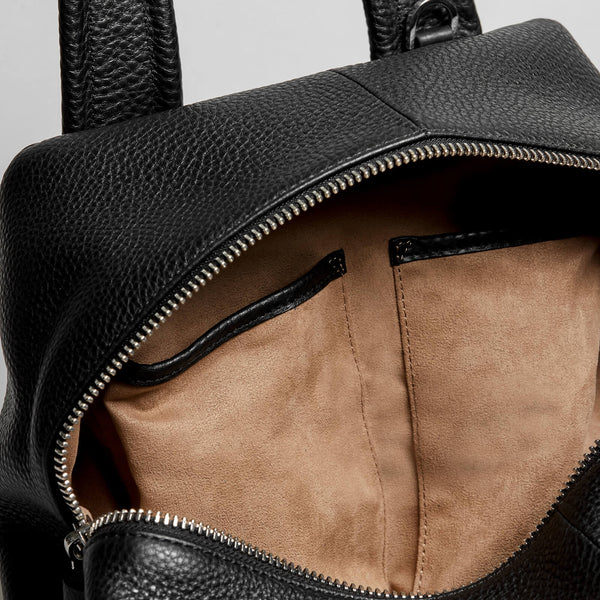 Mackage S-AmariF8 soft leather duffle bag