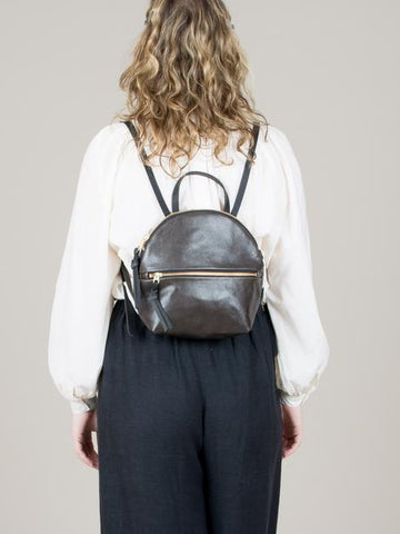 eleven thirty Anni Mini Back Pack with zipper in steel