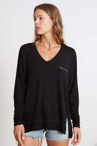 goodhYOUman Carrie v-neck top Thankful in black/natural