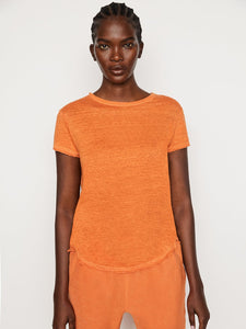 FRAME Easy True Tee in tangerine