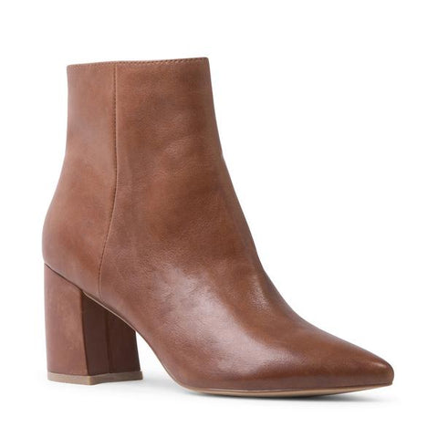 Steve Madden Nadalie Leather Ankle Boot in Cognac
