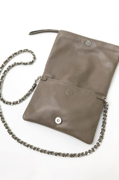 Brave Sandi Foldover Bag with Removable Strap in Platypus