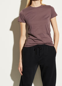 VINCE. essential crew tee in fig