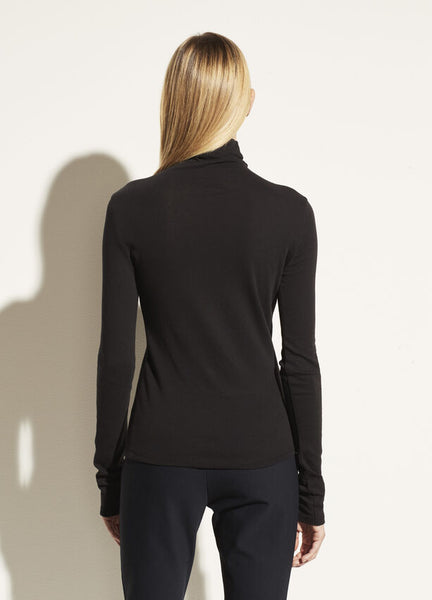 Vince Essential L/S Cotton Turtleneck in Black