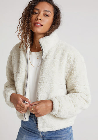 bella dahl Puffer Jacket in Winter White