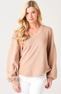 Citizens of Humanity Vivienne Supersoft V-Neck Sweatshirt in Nougat