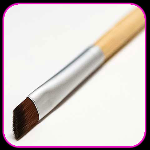 Surreal Makeup Angled Eyeliner Brush
