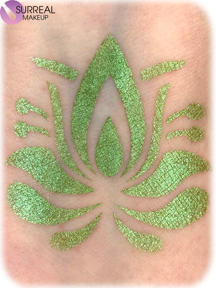 Humming Bird Eyeshadow by Surreal Makeup